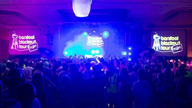 Barstoolu Foam Party