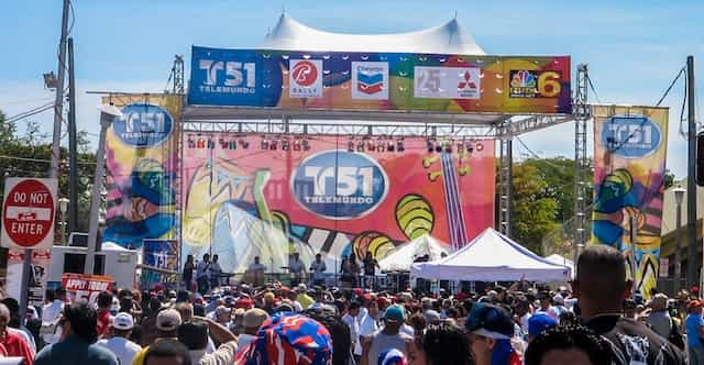 T51 Mobile Stage